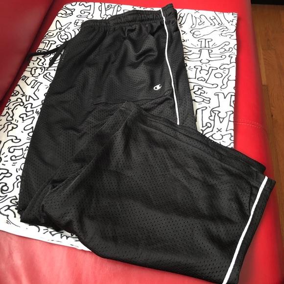 307036f4caf0 Champion gym -style black capris 2X